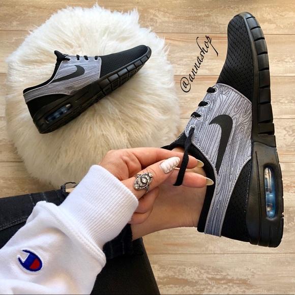 1a643c613af NWT Nike ID Stefan Janoski Custom Black NWT